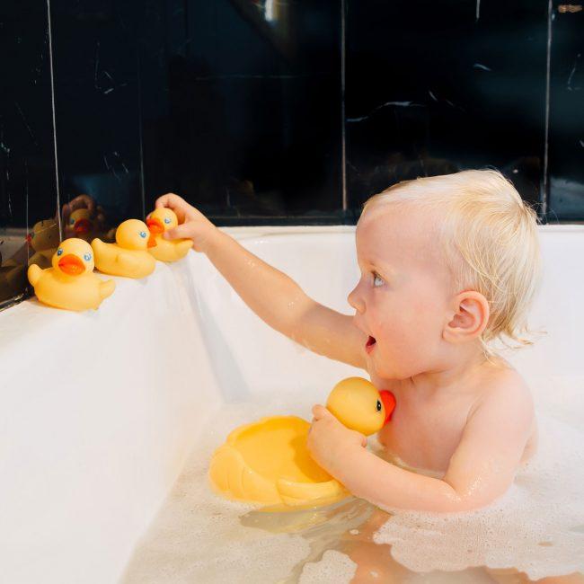 0187479-Bath-Duckie-Family_Talent-4