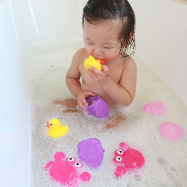 Floating-Sea-Friends-Pink-3